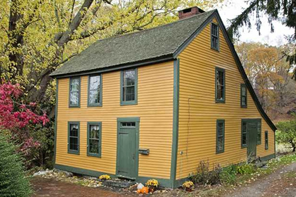 Colonial homes for sale new england real estate listings for New homes that look old