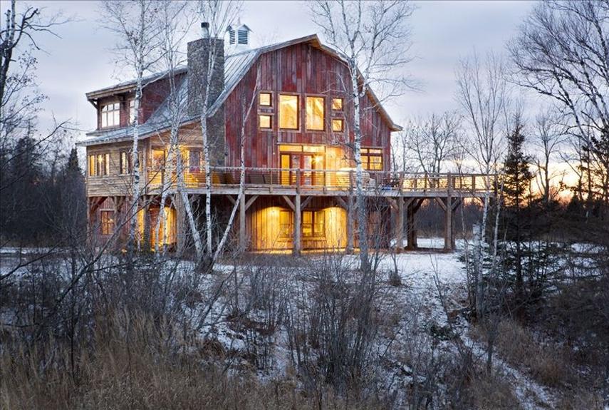 Lake Superior Barn | Exterior