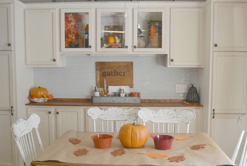 Lindsay eidahl fall house tour diy fall decorating ideas for Homemade fall decorations for home