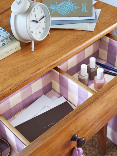 Clear Out Drawers and Closet Space. Cozy Guest Bedroom Ideas   Guest Room Essentials