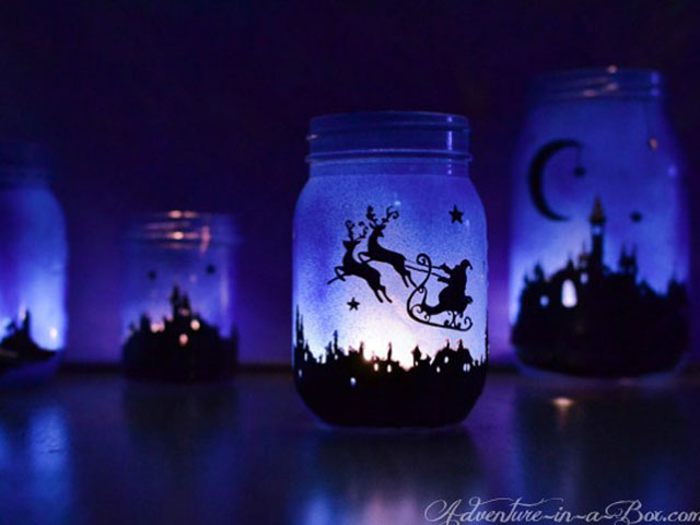 43 mason jar christmas crafts fun diy holiday craft projects - Mason Jar Christmas Lights