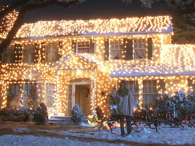 10 best christmas movie houses classic christmas movies - Trim A Home Christmas Lights