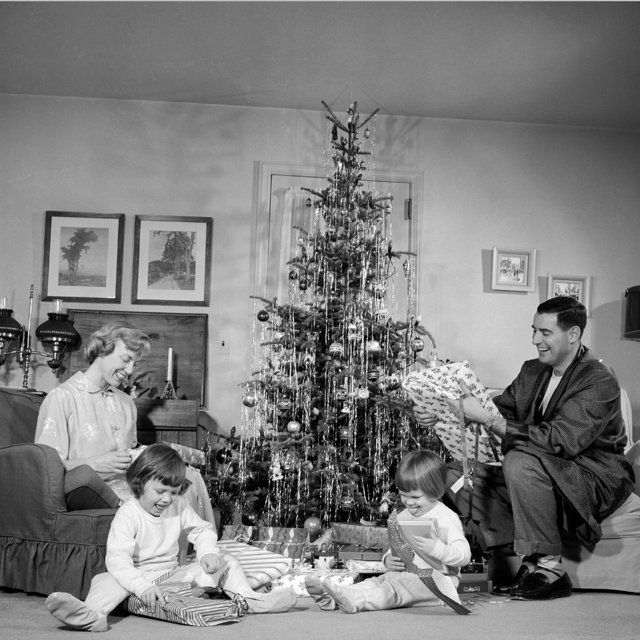 Vintage Photos Of Christmas In The 1950s - Christmas Nostalgia