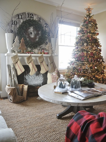 A Rustic North Carolina Rental Decked Out for Christmas - Liz ...
