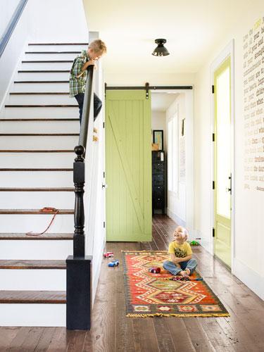 54f385a1e032c   made from scratch stairs 0513 lgn Trang trí cầu thang sáng tạo đơn giản cho ngôi nhà thêm xinh