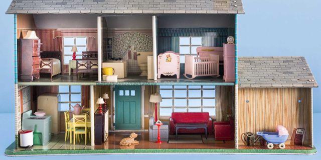 10 Photos. Antique Dollhouses   Dollhouse Furniture