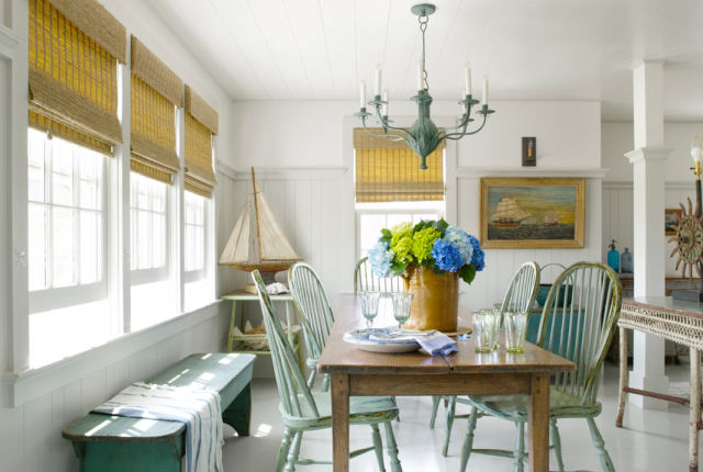 Coastal Farmhouse Decor: Coastal Decorating Ideas