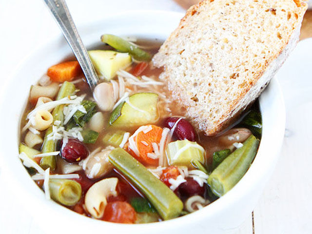 Easy vegetable minestrone soup recipes