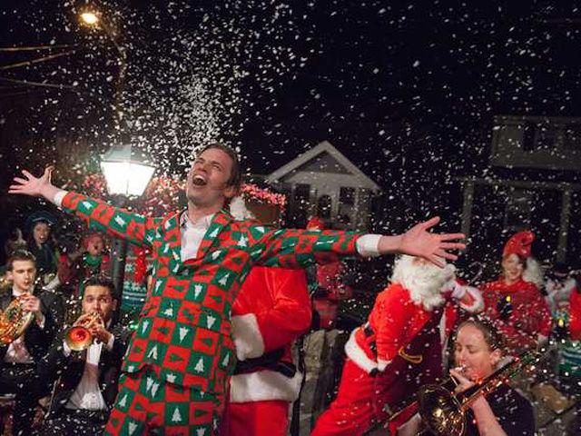 Epic Christmas Caroling Video - Improv Everywhere Christmas Caroling