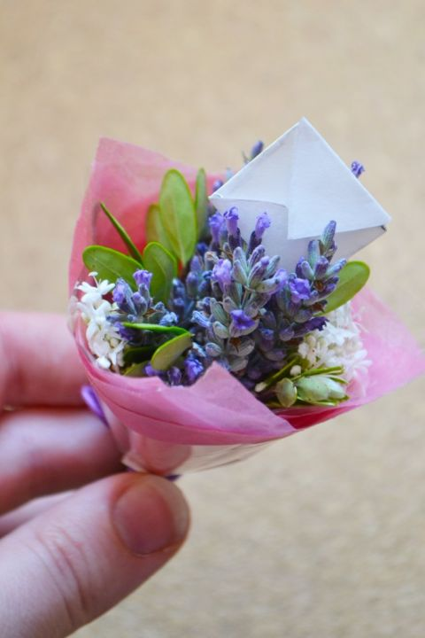 Turn smaller varieties of flowers and foliage into mini bouquets, which can be attached to a card. Get the tutorial at Wallflower Girl.