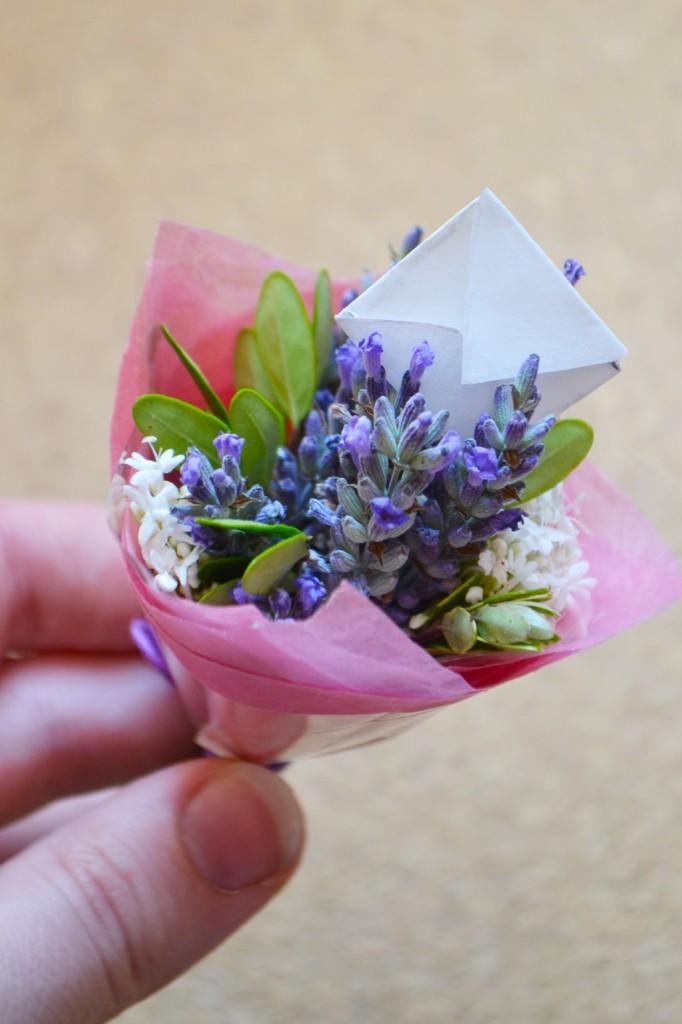 Build Your Own Flower Arrangement   Credainatcon.com