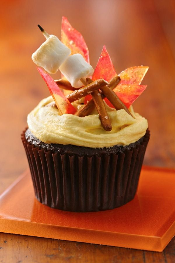 Fall Cupcake Decorating Ideas | Iron Blog