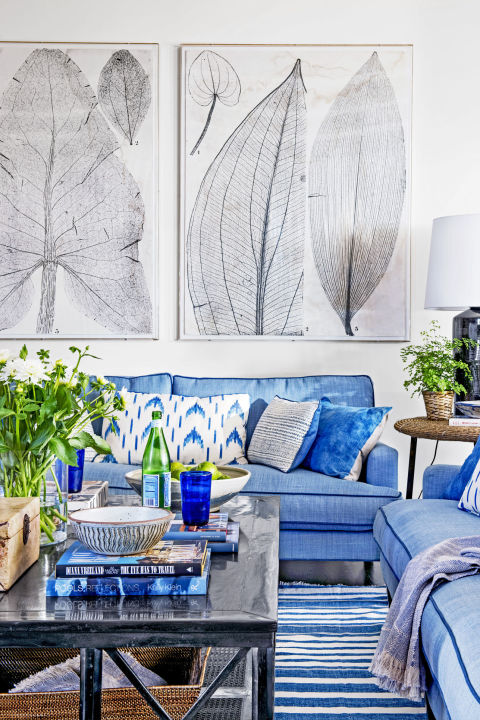 Punctuate A Room With Black. Blue And White Rooms Decorating With