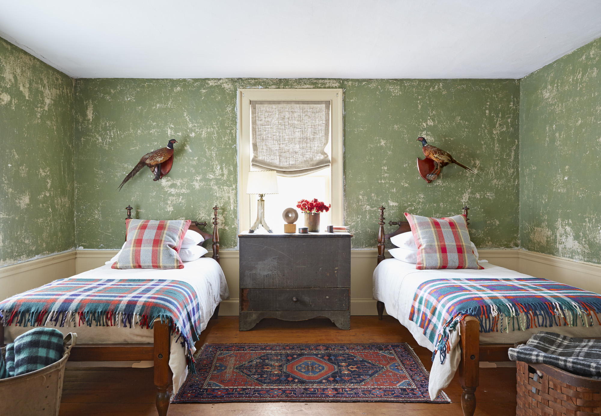 Decorating with Green - Ideas for Green Rooms and Home Decor