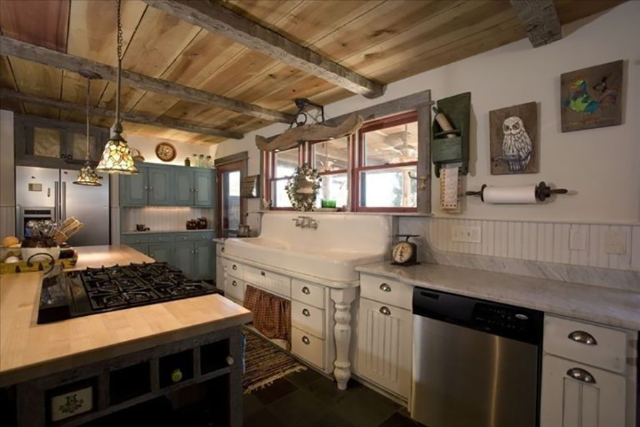 18 Farmhouse Style Kitchens - Rustic Decor Ideas for Kitchens on Rustic Farmhouse Kitchen  id=91383