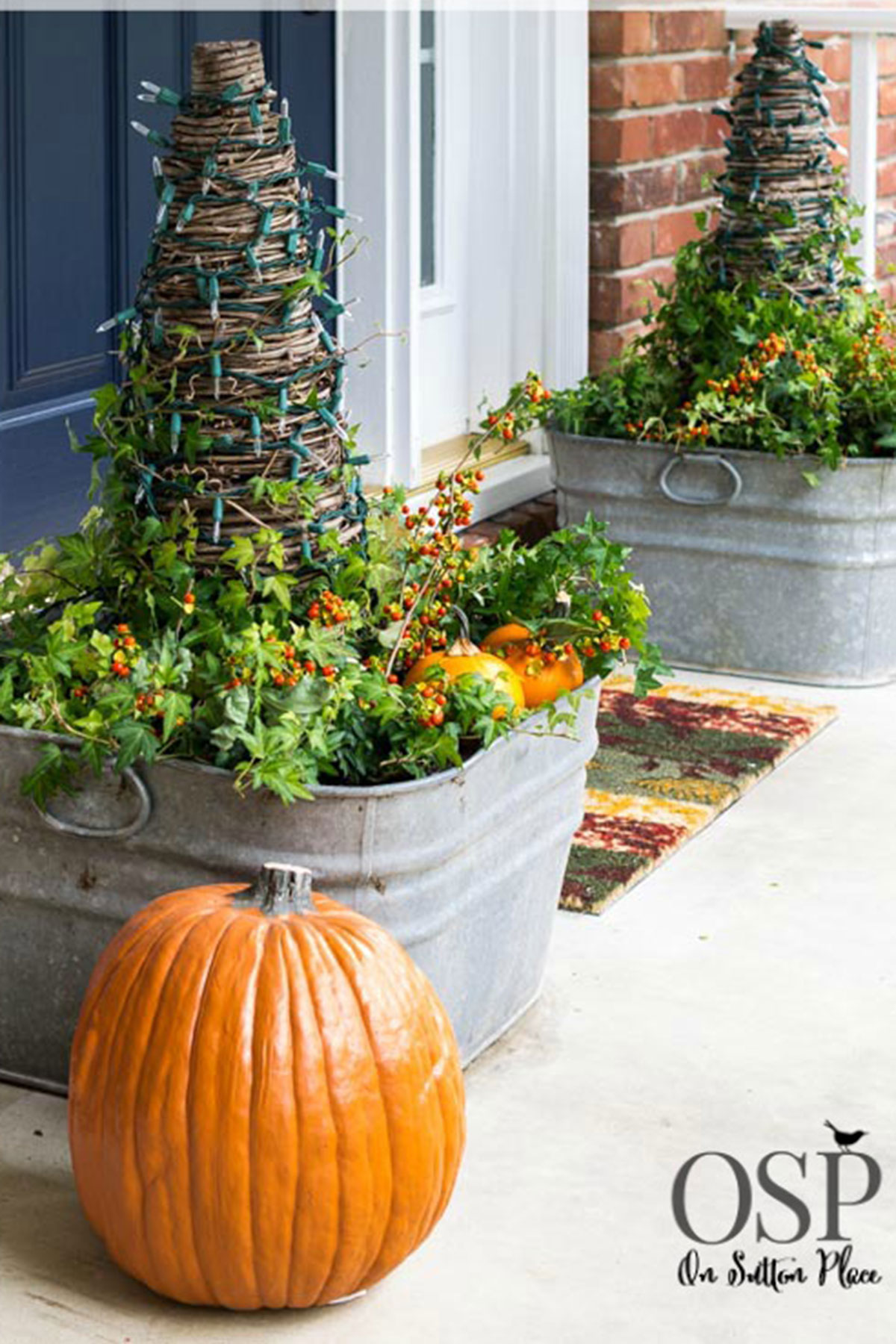 30+ Best Outdoor Halloween Decoration Ideas - Easy ... on Backyard Garden Decor id=99558
