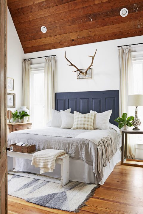 100+ Bedroom Decorating Ideas in 2017 - Designs for ... on Beautiful Room Decoration  id=38047