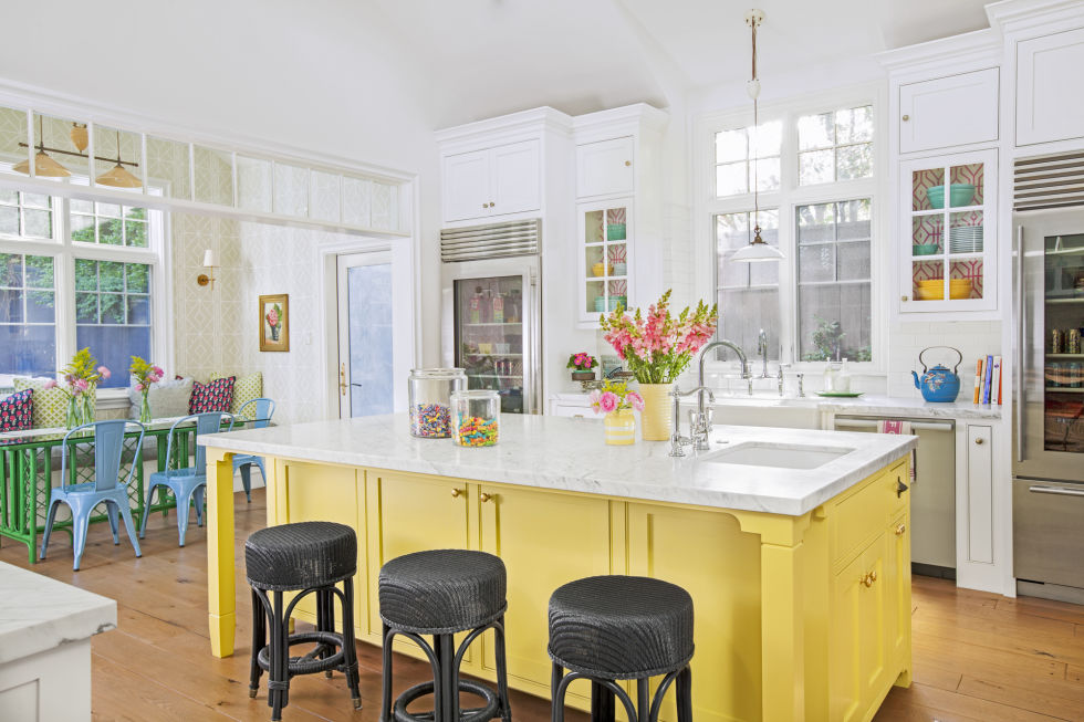 country kitchen painting ideas 15 best kitchen color ideas paint and color schemes for 16954