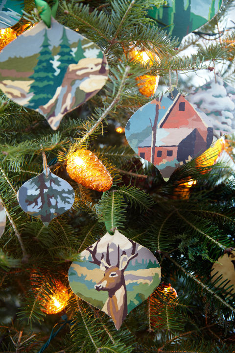 Use paint by numbers artwork (or any of your child's artistic masterpieces!) and this template to create these wonderful artsy handmade ornaments! Don't you just love the look? Vintage Ornament Template | Kurt Adler